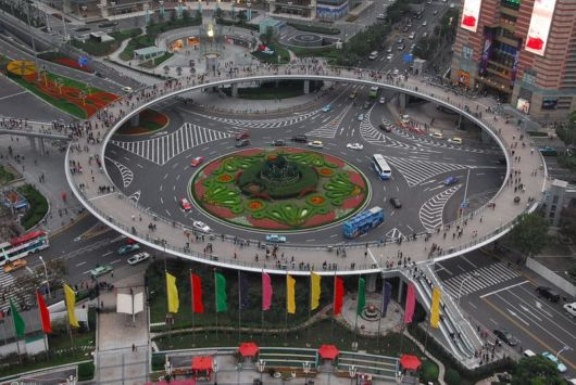 Amazing Pedestrian Crossing In China