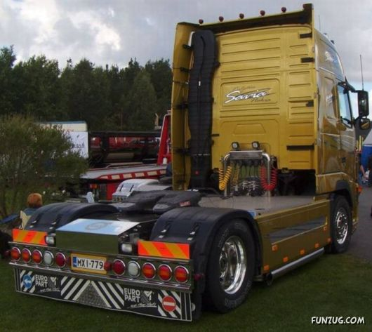 Amazing Power Trucks Show