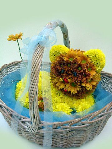 Cute Teddys Made From Flowers