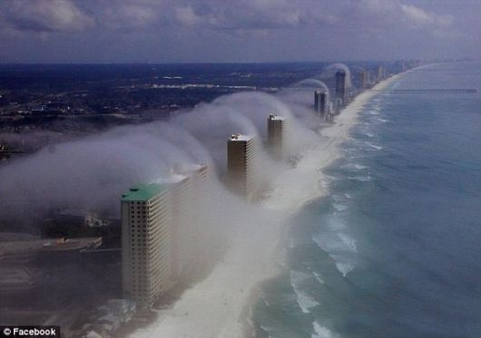 Incredible Air Tsunami in Florida