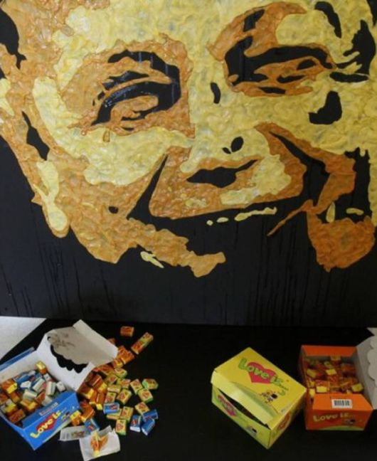 Amazing Portraits With Chewing Gum
