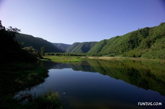 Click to Enlarge - Beautiful Valleys Wallpapers