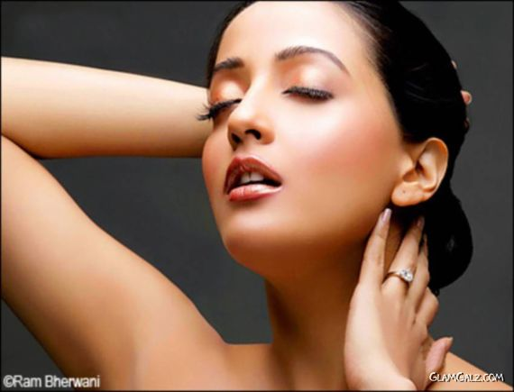 Click to Enlarge -Sizzling Raima Sen 2010 Calendar Shoot