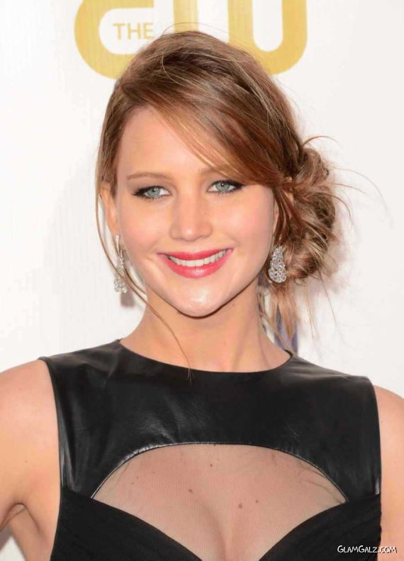 Jennifer Lawrence At Critics Choice Awards