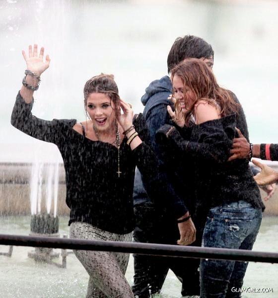 Ashley Greene N Miley Cirus Shooting in Paris