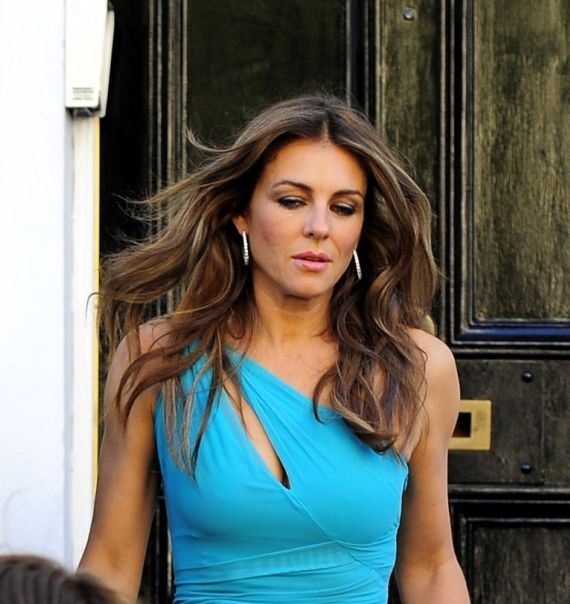 Elizabeth Hurley Moving Out Her Home In London