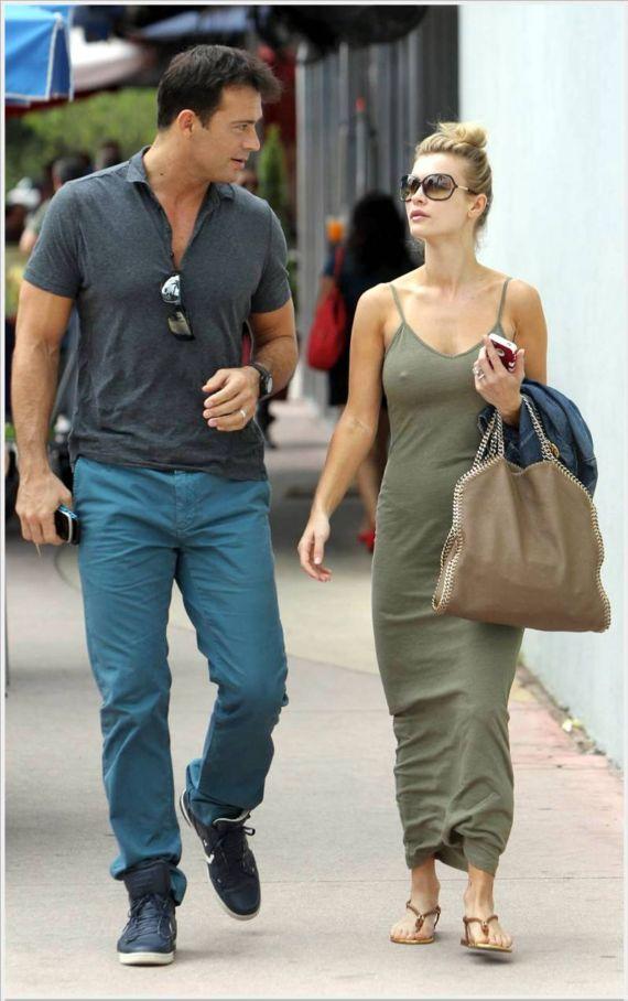 Joanna Krupa Walking In Miami
