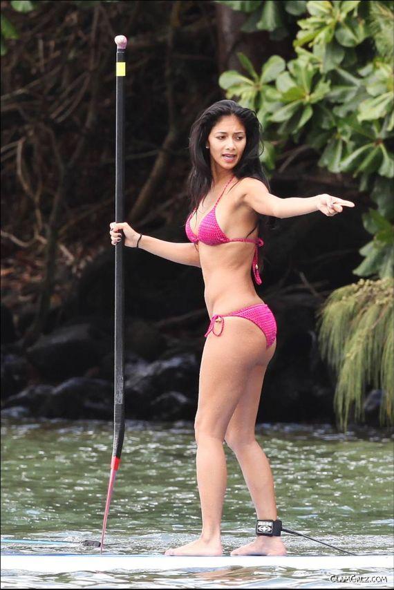 Nicole Scherzinger Enjoying in Hawaii