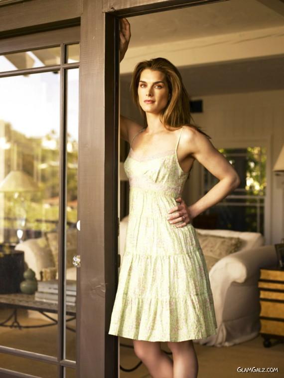 Gorgeous Brooke Shields Photoshoot