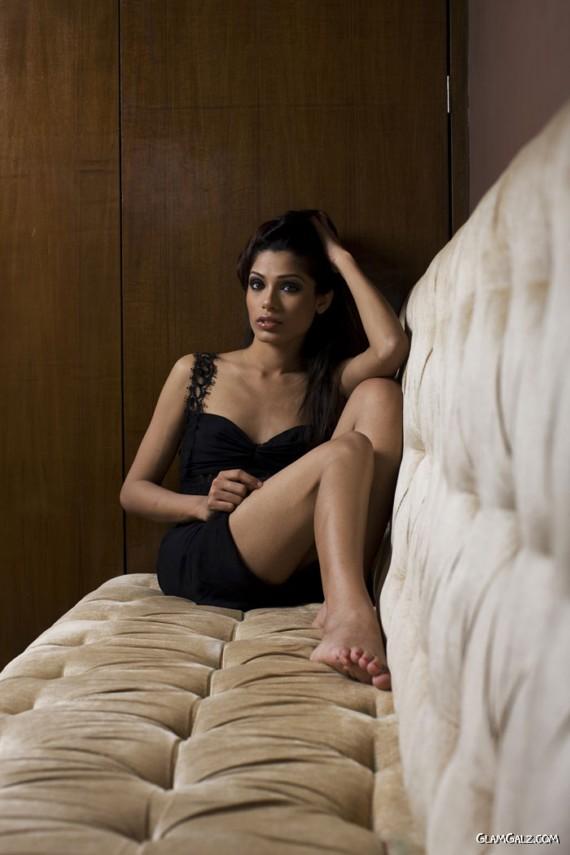 Gorgeous Freida Pinto Photoshoot
