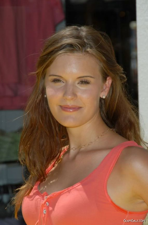 Lovely Maggie Grace Photoshoot