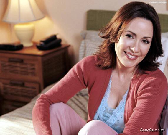 Gorgrous Patricia Heaton in Different Shades