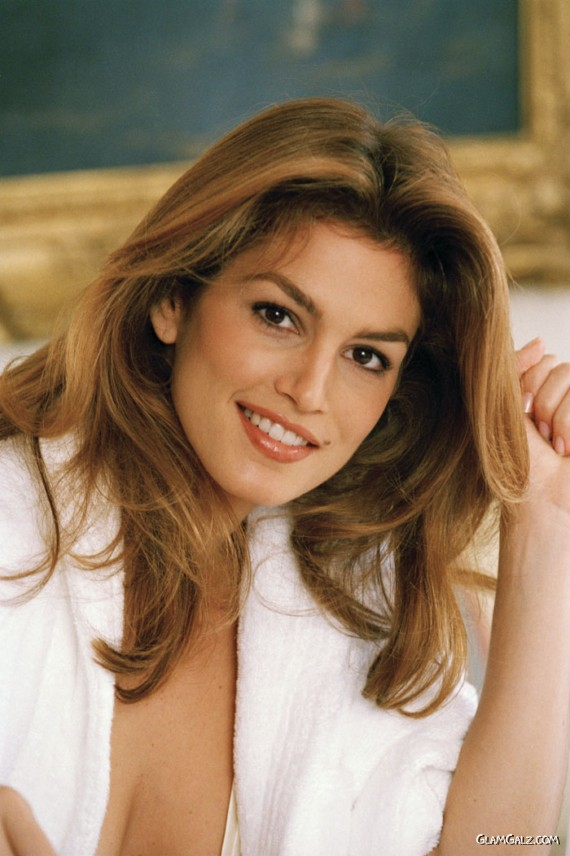 Beautiful Cindy Crawford Photoshoot
