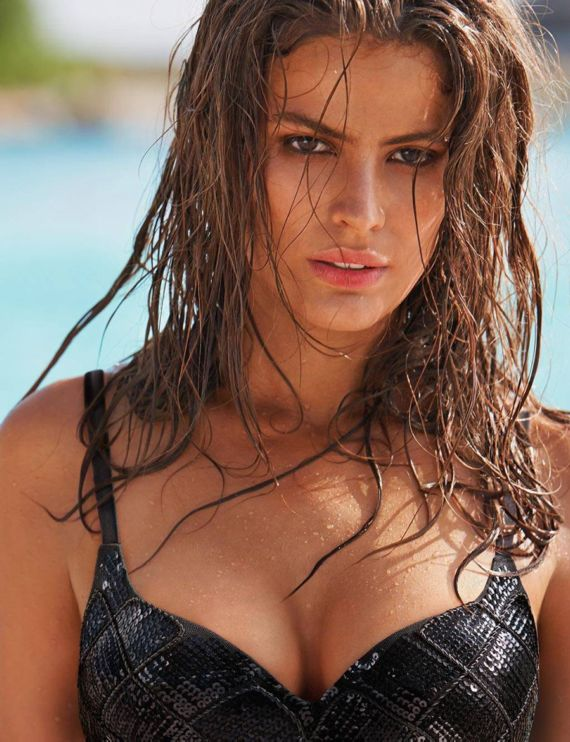 Cameron Russell For Calzedonia Photoshoot
