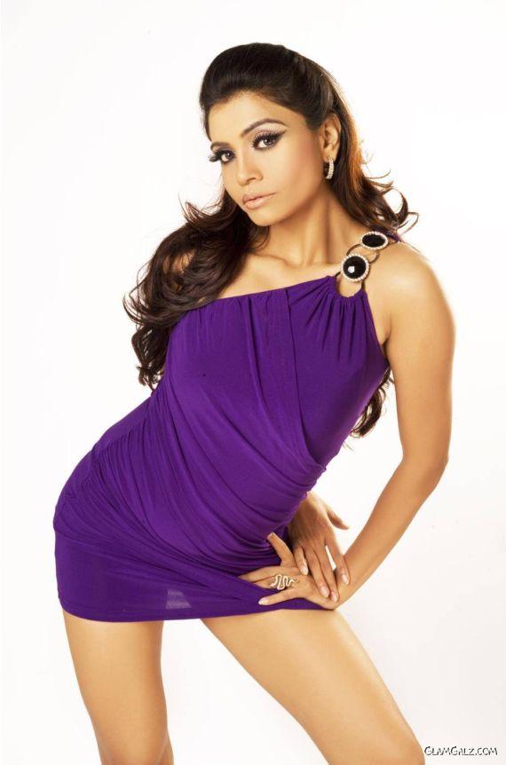 Spicy Singer Aaliyah Photoshoot