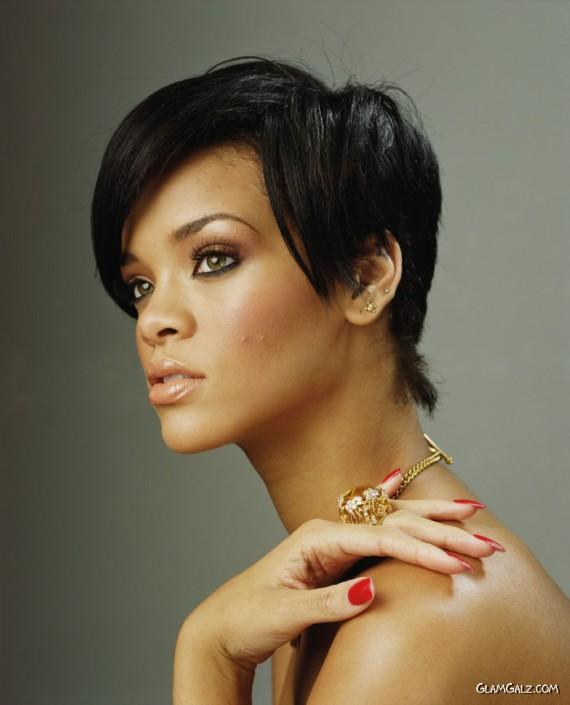 Rihanna Shoots for Company