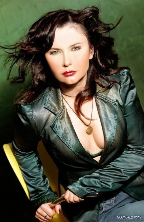 Turkish Rock Star Sebnem Ferah