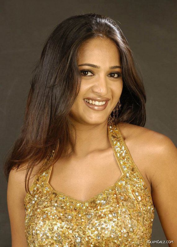 Actress Anushka Shetty Rock