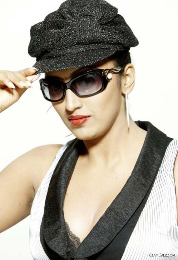 Actress Megha Nair Photo Gallery