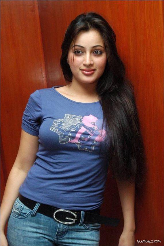 Navneet Kaur's Awesome Photoshoot