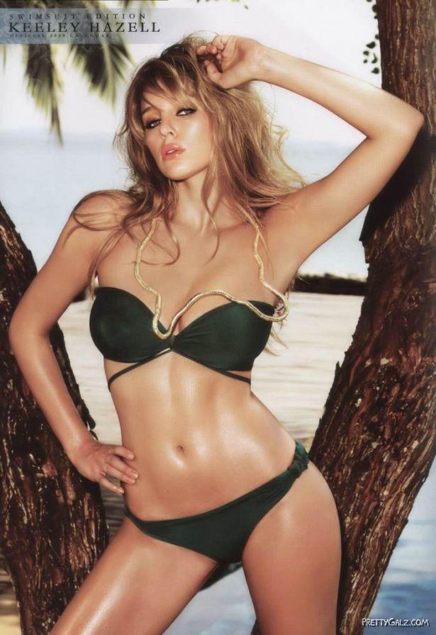 Keeley Hazell Official Swimsuit Calendar Shoot