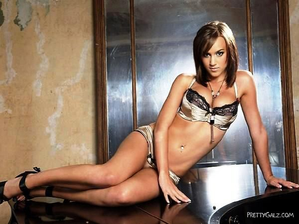Gorgeous Rosie Jones Photoshoot